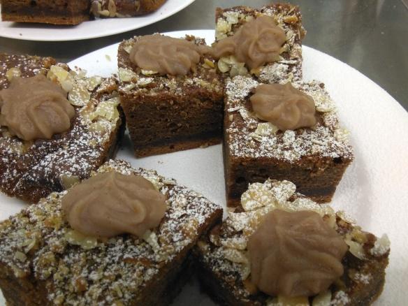 pastís de xocolata i castanyes